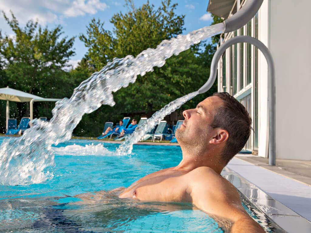 Angebot: Schwimm dich frei im schönen Mai